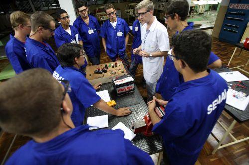 Há uma grande quantidade de opções de cursos SENAI, em todo o Brasil (Foto: Divulgação)