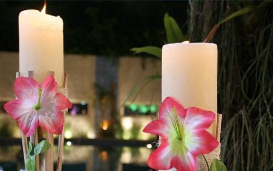 decoracao festa luau: com flores deixam a festa mais temática. (Foto: Divulgação