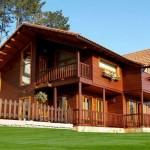 casa de madeira fachada