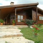 Casa pre-fabricada em madeira