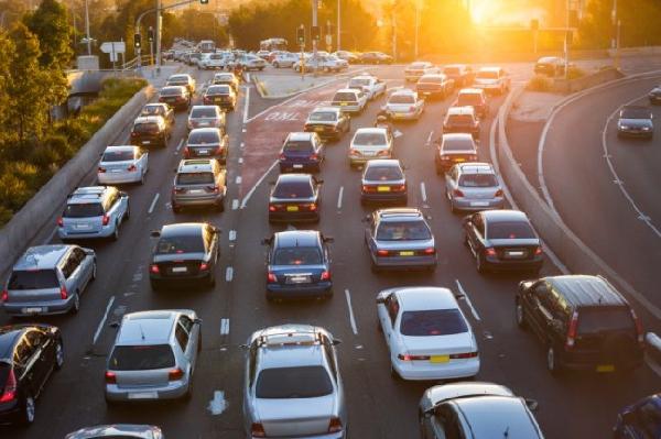 Saia de casa mais cedo evite congestionamentos (Foto: Divulgação)