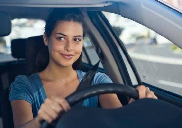 Respeite as leis de trânsito, mantenha a calma e seja um motorista nota 10 (Foto: Divulgação)