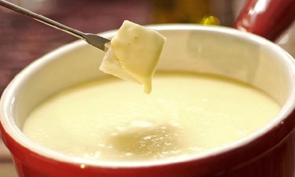 Fondue de queijo delicioso (Foto: Divulgação)