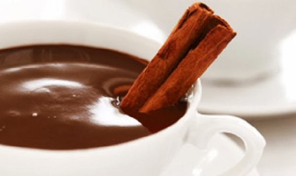 Chocolate quente com chocolate meio amargo(Foto: Divulgação)