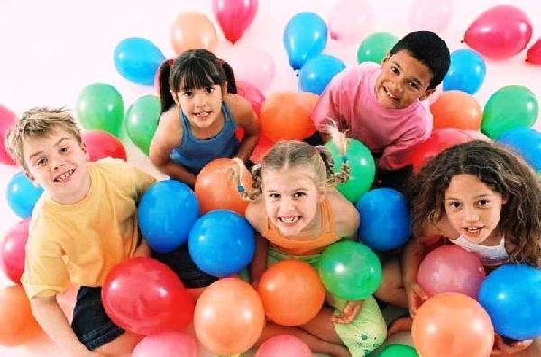 As crianças passaram a ter mais privilégios depois do surgimento da data comemorativa (Foto: Divulgação)