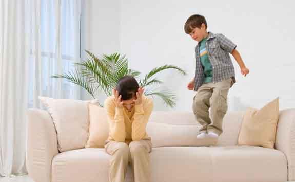Mostre sua autoridade de pai ou mãe não deixe a emoção falar mais alto (Foto: Divulgação)