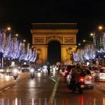 Decoração linda em Paris no Natal (Foto: Divulgação)