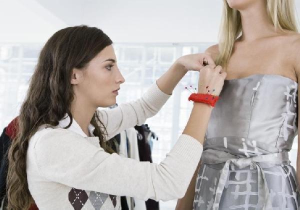 Costureira profissional de moda (Foto Divulgação: MdeMulher)