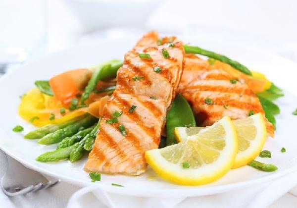 Alimentação saudável faz bem e proporciona energia (Foto: MdeMulher)