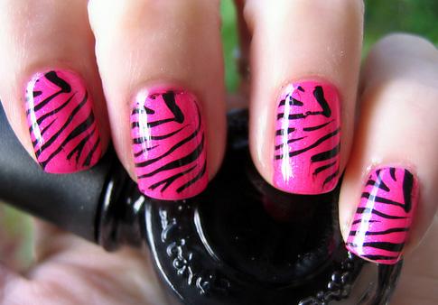 As unhas decoradas são muito bonitas (Foto: Divulgação)