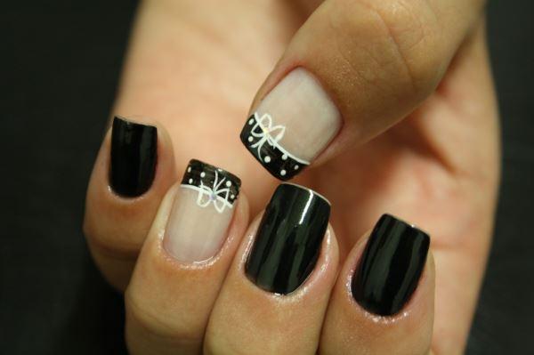 Discretas ou chamativas e extravagantes, as unhas decoradas estão aí para todas! (Imagem: Divulgação)