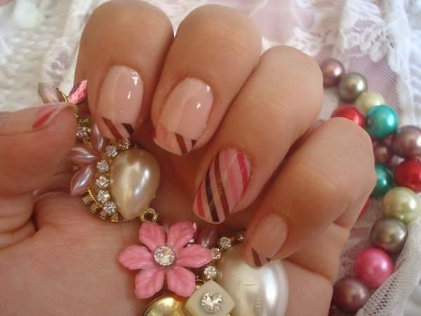 As unhas decoradas são muito cobiçadas pelas mulheres atualmente (Imagem: Divulgação)