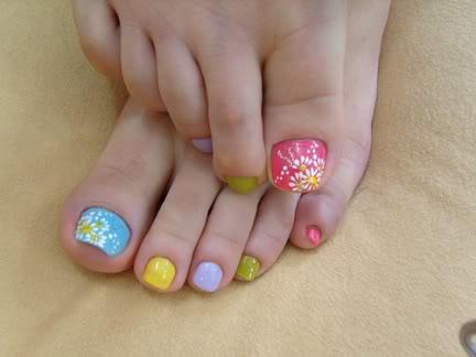 decoração de desenhos mais usado em unhas dos pés