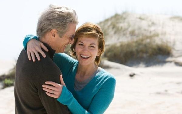 Para amar não tem idade, basta um olhar (Foto: Divulgação MdeMulher)