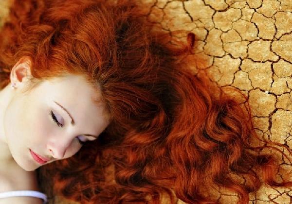 O óleo de semente de uva pode ser usado em qualquer tipo de cabelo (Foto: Divulgação MdeMulher)