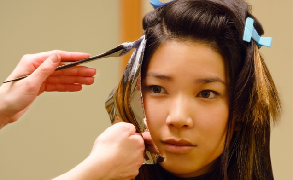 As tinturas para cabelos podem renovar a cor e mudar o visual (Foto: Divulgação)