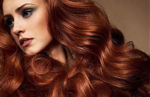 Existem tonalidades quentes e frias de tinturas para cabelos (Foto: Divulgação)