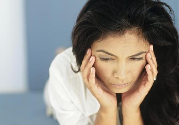 As pessoas alérgicas ao frio podem sofrer com dores de cabeça (Foto: Divulgação MdeMulher)