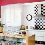 Cozinha americana clara e estilosa. (Foto: Divulgação)