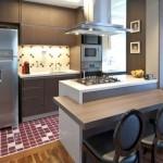 Uma cozinha americana moderna e compacta. (Foto: Divulgação)