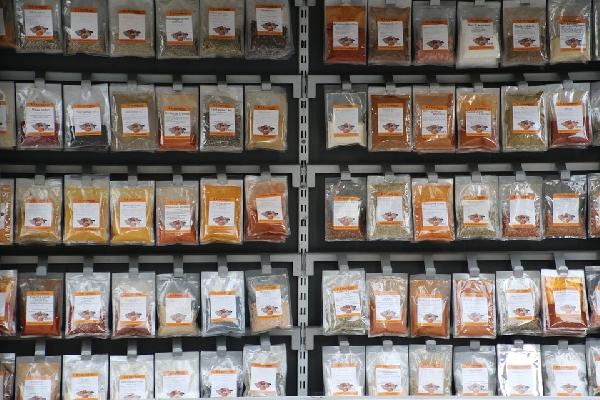 Ervas e temperos industrializados (Foto: Divulgação)