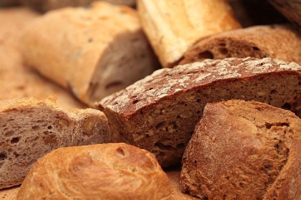 Pão Branco ou Integral: Qual a Melhor escolha?