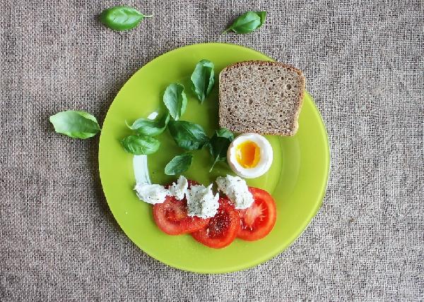 Nessa dieta é importante manter os nutrientes dos alimentos (Foto: Divulgação)