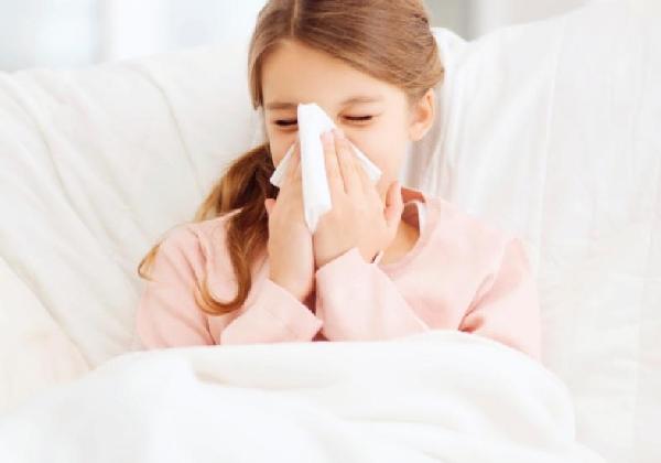 Pneumonia deve ser tratada com antibiótico (Foto: Divulgação: MdeMulher)