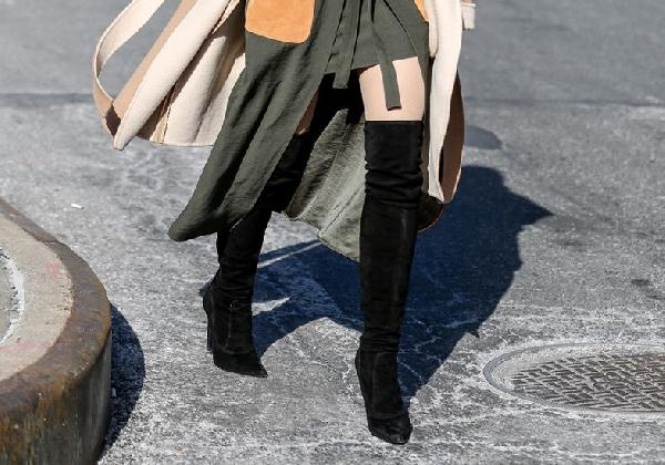 As botas de cano alto são perfeitas para looks mais fashions (Foto: Divulgação MdeMulher)