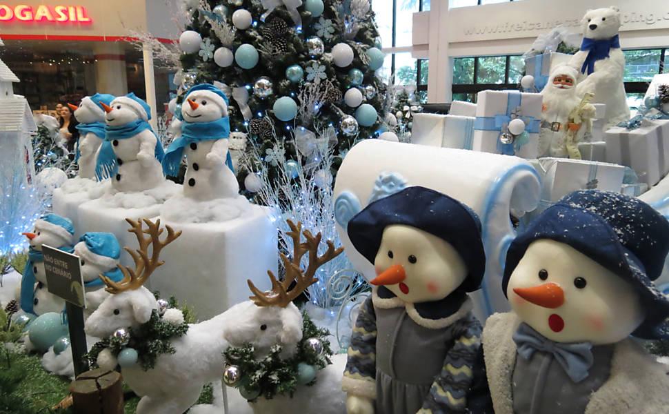 decoracao arvore de natal azul:Decoração de Natal 2015: sua casa em clima natalino