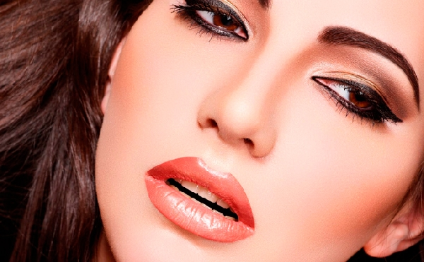 Quer maquiar profissionalmente? Então faça um curso de maquiagem (Foto: Divulgação)