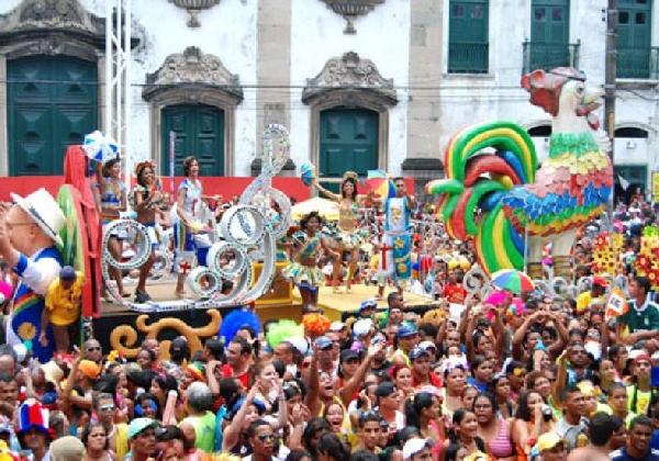 Hotéis e pousadas ficam lotados no Carnaval em Salvador (Foto: MdeMulher)