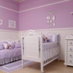 O roxo e o lilás também estão sendo muito usados nas decorações de quarto de bebê femininos. (Foto: Divulgação)
