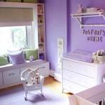 A cor lilás é uma ótima alternativa para fugir do rosa no quarto de bebê feminino. (Foto: Divulgação)