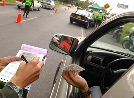 As multas de trânsito são  mais comuns do que imaginamos (Foto: Ilustração)