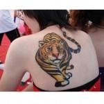 Tatuagem adesiva tigre