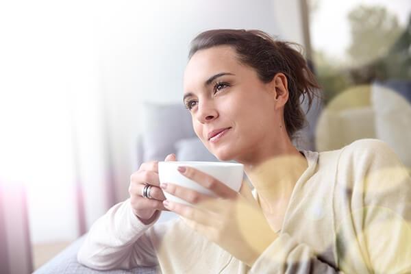 Os chás tem fortes efeitos para auxiliar na nossa saúde (Foto: Reprodução)