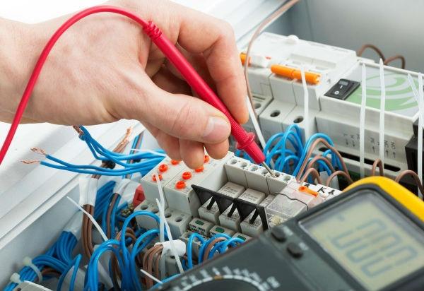 Curso de Eletricista Gratuito no Rio de Janeiro CETEP