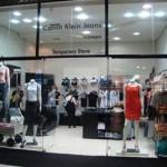 Lojas Calvin Klein – Roupas, Jeans, Perfumes, Relógios