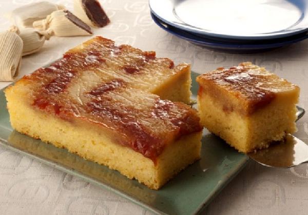 A receita de bolo de fubá pode ter variações (Foto: Divulgação)