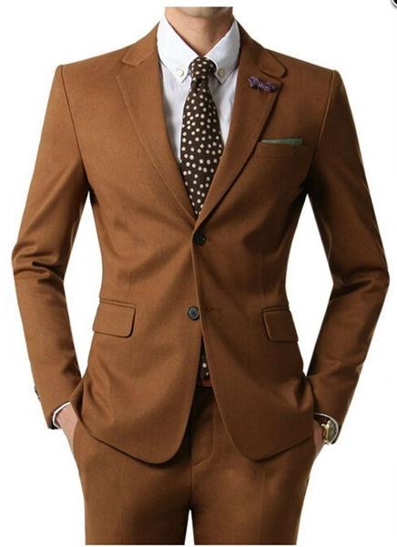 Ternos com cores diferentes não são comuns mas se você tem muito estilo, aposte. (Foto: Reprodução)