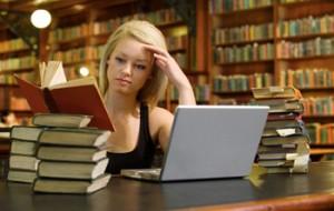 Bolsas de Estudos no IPT 2010