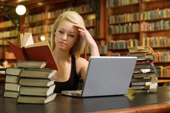 bolsas-de-estudos-no-ipt-2010.jpg