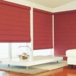 cortina romana vermelha