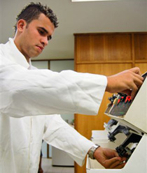 curso-tecnico-de-optica-senac