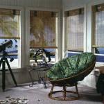 Experimente substituir as venezianas por cortinas de bambu