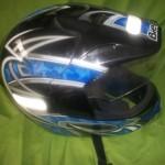 Você pode comprar um capacete que combina com a cor da moto.