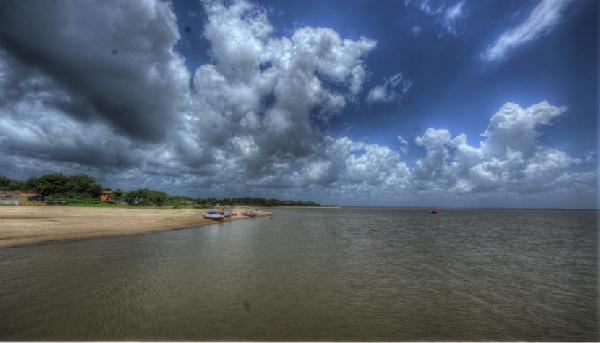 A Ilha de Mosqueiro, a apenas 70 quilômetros de Belém, possui praias belíssimas de água doce(Foto: CVC)