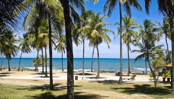 Todas as praias da Costa do Sauipe têm serviço de monitoramento e salva-vidas (Foto: CVC)