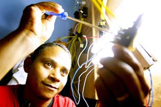 curso-gratuito-de-eletricista-instalador-senai